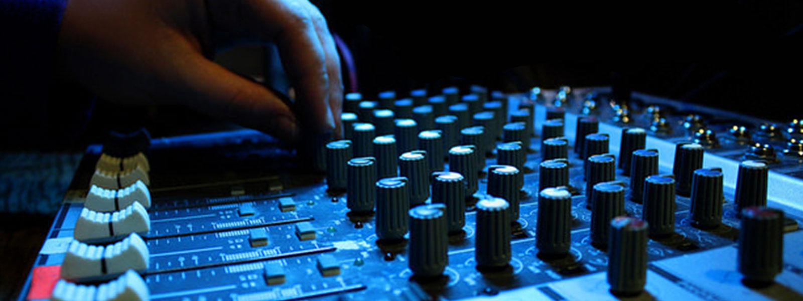 Sound Board Hand
